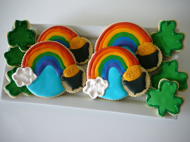 St. Patrick's Day Rainbow Sugar Cookies - The Crafting Foodie