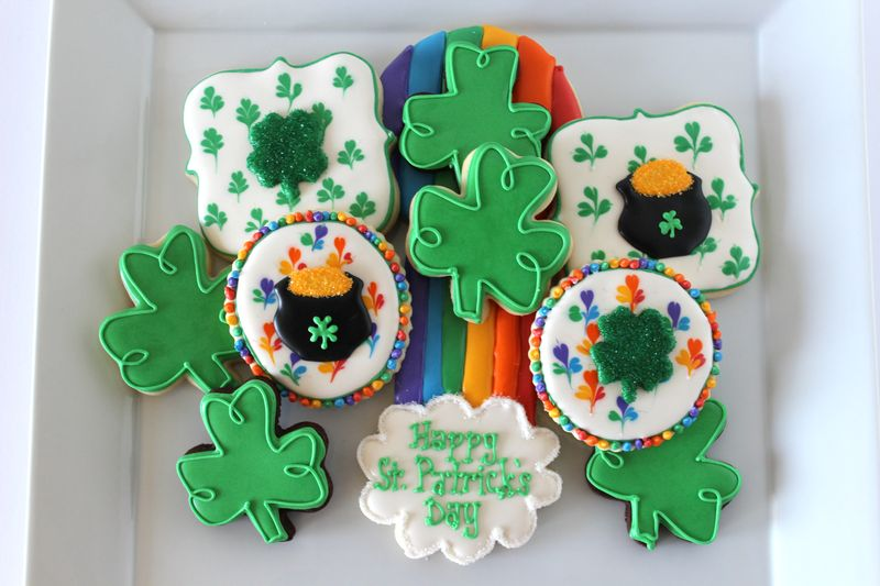 St. Patty's Day Rainbow Cookies | The Crafting Foode