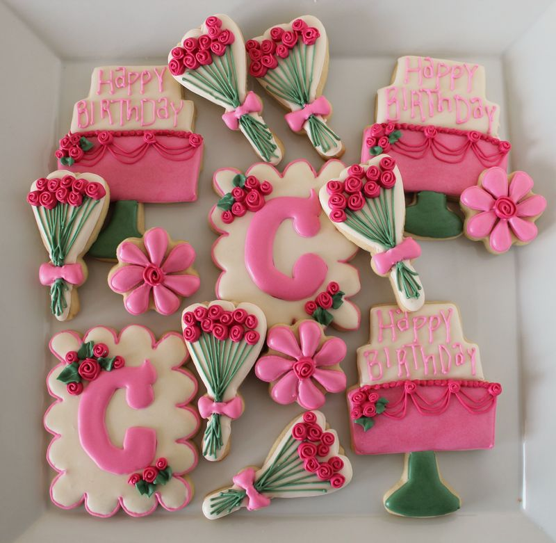 Spring Inspired Rose and Monogram Cookies | The Crafting Foodie
