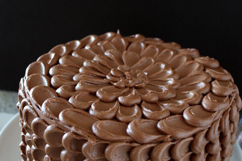 Chocolate Birthday Pinata Cake | The Crafting Foodie