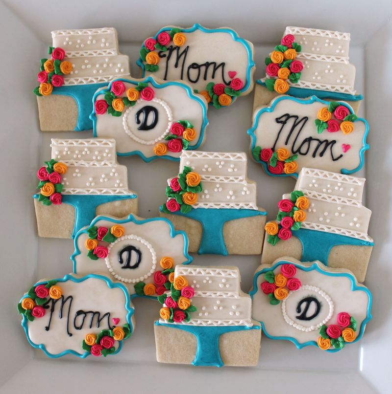 Mothre's Day Decorated Cookies with Roses | The Crafting Foodie
