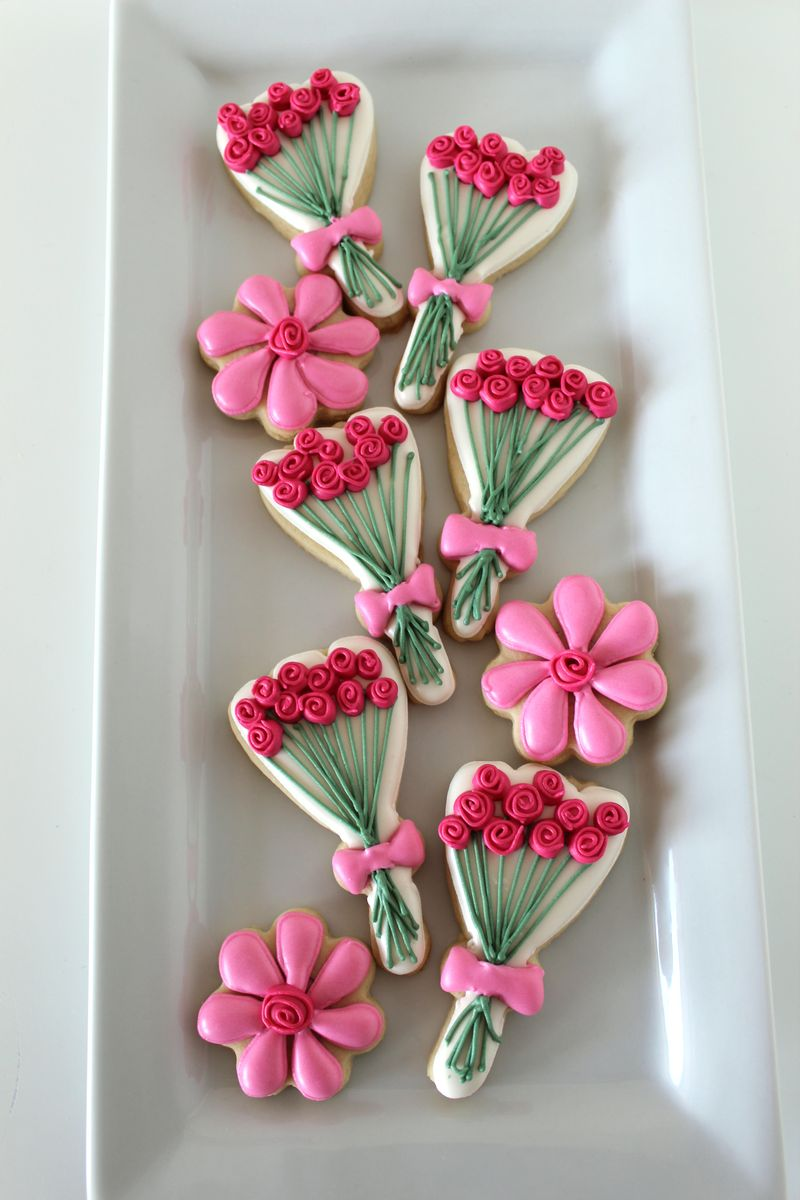 Spring Inspired Roses Cookies | The Crafting Foodie
