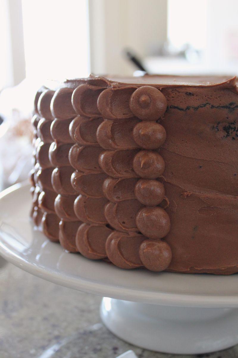 Pinata Chocolate Cake | The Crafting Foodie